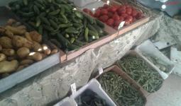 محل لبيع الخضار في مخيم درعا .. تاريخ الصورة شهر أيّار/مايو