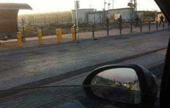 لحظة اعتقال الفتاة على حاجز زعترة جنوبي نابلس