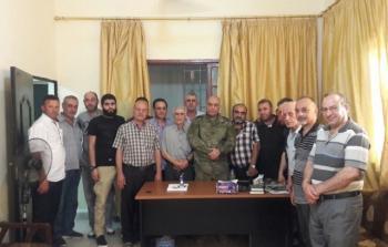 خلال لقاء قيادة القوة المشتركة الفلسطينية وأصحاب الصيدليات في مخيم عين الحلوة