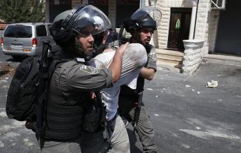 اعتقالات بالضفة المحتلة واعتداءات في القدس المحتلة