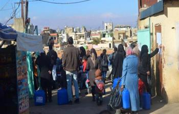 توزيع حصص غذائية للعائلات الفلسطينية السورية في