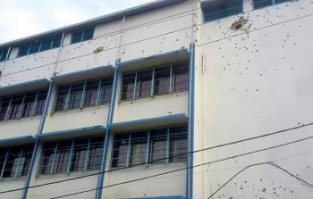 مدرسة تابعة للاونروا في مخيم عين الحلوة تضررت نتيجة الاشتباكات