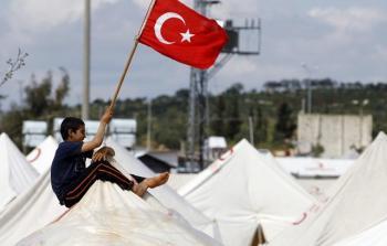 المفوضية الأوروبية: لا يمكننا إعطاء تركيا دروساً باستقبال اللاجئين