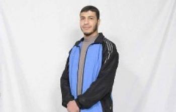 أسير يطعن شرطياً صهيونياً في سجن نفحة الصحراوي