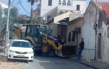 خلال عملية الهدم في يافا المحتلة يوم الاثنين