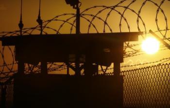 ثلاثة أسرى فلسطينيين في سجون الاحتلال يواصلون إضرابهم المفتوح عن الطعام