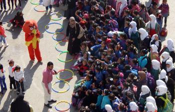 مخيم جرش في الأردن.. قرار يحرم أكثر من 350 معلم ومعلمة من التدريس