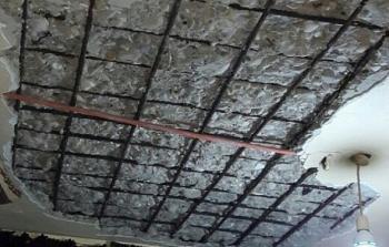 انهيار سقف منزل في تجمع الشبريحا للاجئين الفلسطينيين