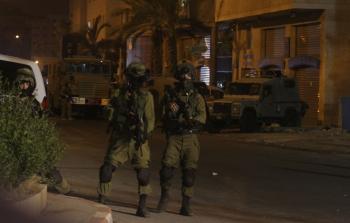 قوات الاحتلال تقتحم مخيمات بلاطة وجنين والعروب وشعفاط في الضفة المحتلة