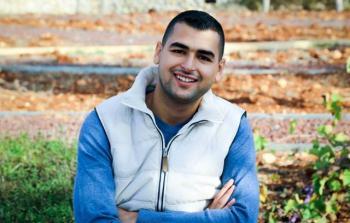 الأسير الفلسطيني عمر كسواني يخوض إضراباً عن الطعام