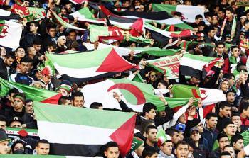 جزائريون يتضامنون مع الأسرى الفلسطينيين في سجون الاحتلال