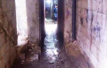 مياه الصرف الصحي تُغرق أزقّة في مخيم شاتيلا