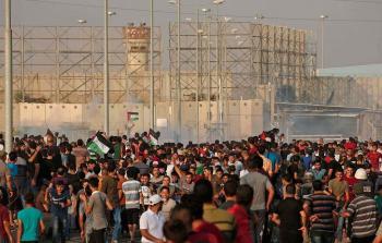 الاحتلال يُغلق حاجز بيت حانون بذريعة مواجهات مسيرة دعم اللاجئين