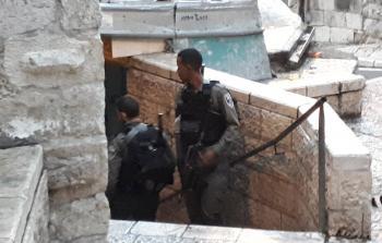 إغلاق قوات الاحتلال لأبواب البلدة القديمة في القدس المحتلة في أعقاب عملية الطعن