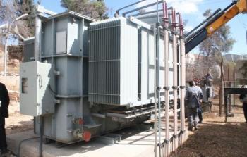 أحد محولات الكهرباء في الخلبل
