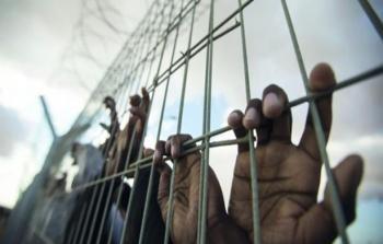 تجديد وتمديد اعتقال لأسيرين من مُخيّمي الدهيشة وجنين