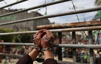 انضمام (100) أسير فلسطيني لمعركة الإضراب عن الطعام.. والتصعيد مُستمر