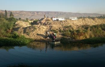 إحدى طرق التهريب من الشمال السوري إلى تركيا - المصدر موقع رصيف 22