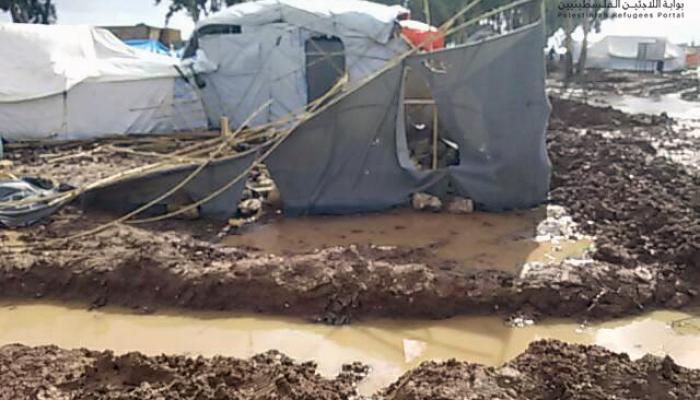 إحدى الخيام المتضررة