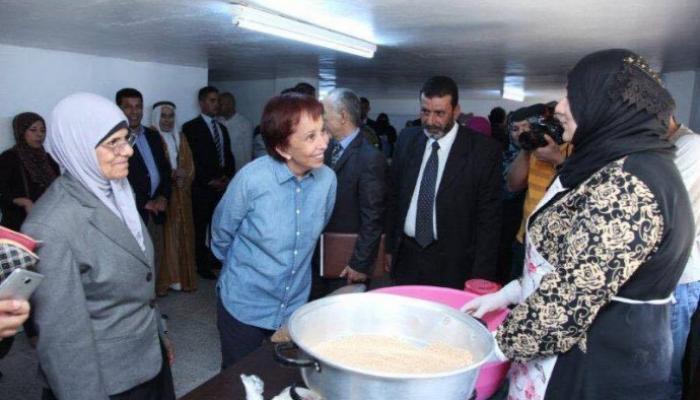 """حملة """"البر والإحسان"""" توزّع مساعدات في مخيّم الطالبيّة"""