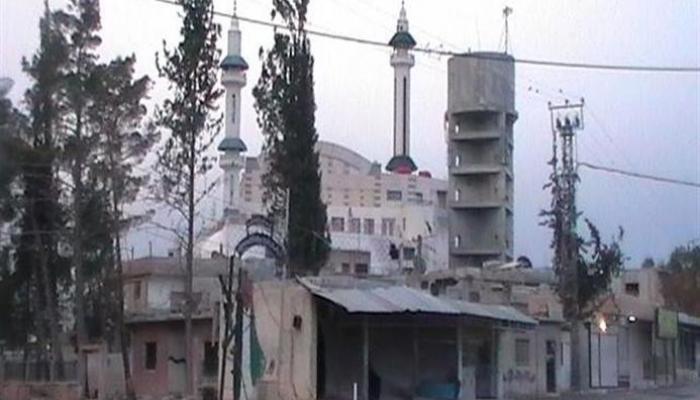 عمليات نهب وتفجير لمنازل تقوم بها قوّات النظام السوري في مخيّم خان الشيح