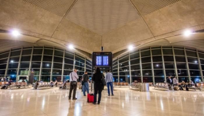 الأردن يمنع وسام سباعنة من دخول أراضيه ويحتجزه في المطار
