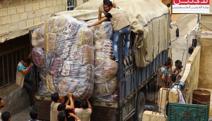 جانب من المساعدات الإغاثية التي وصلت لمخيم خان الشيح