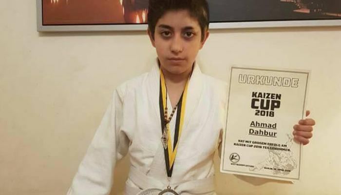 الطفل الفلسطيني أحمد كامل دحبور