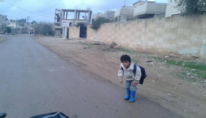 شتاءٌ قاسٍ يمر على الأهالي في مخيم درعا للاجئين الفلسطينيين جنوبي سوريا