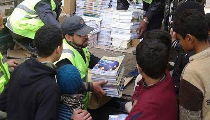 تأمين وإدخال الكتب المدرسيّة إلى المدرسة البديلة في يلدا