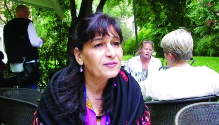 """سونيا نمر.. الكاتبة العربية الوحيدة ضمن المرشحين لجائزة """"آستريد ليندغرين"""" لأدب الأطفال"""