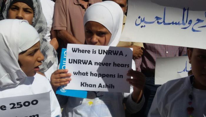 3000 طفل محاصر في مخيم خان الشيح