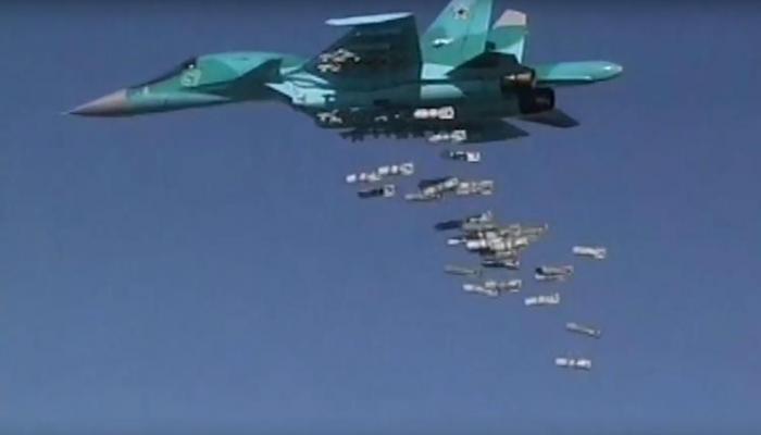 الطائرة الروسية سوخوي 34 تلقي قذائفها بسوريا بعدما انطلقت من قاعدة إيرانية(الأوروبية)