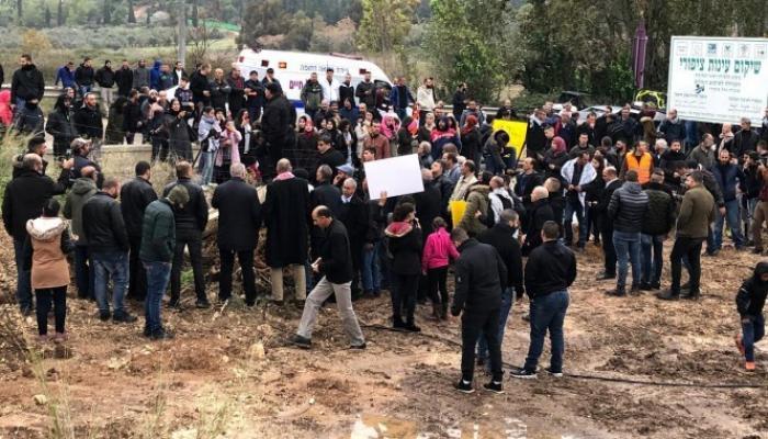 من التظاهرة الرافضة لهدم قوات الاحتلال لنبعة الحنانة في صفورية المحتلة