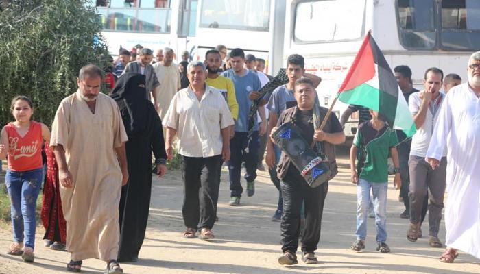 """عشرات الإصابات شرقي غزة والجمعة القادمة """"فليسقط مؤتمر البحرين"""""""