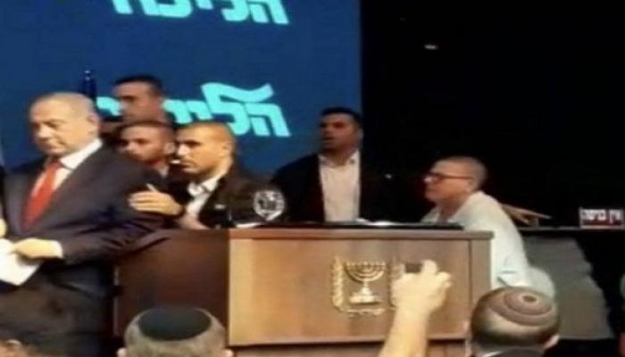 """غضب """"إسرائيلي"""" من هروب نتنياهو للمرة الثانية بفعل صاروخ من غزة"""