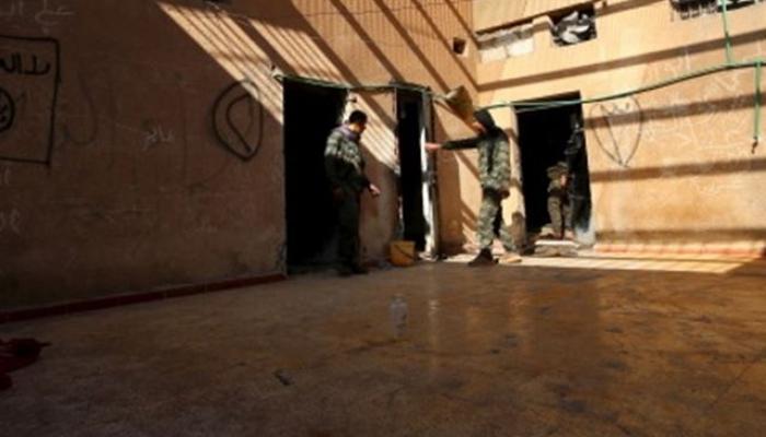 """قُتل في سجون النظام السوري """" انترنت"""""""