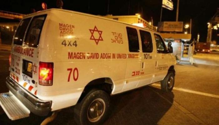 من الأرشيف إسعاف الاحتلال خلال نقل أحد المصابين