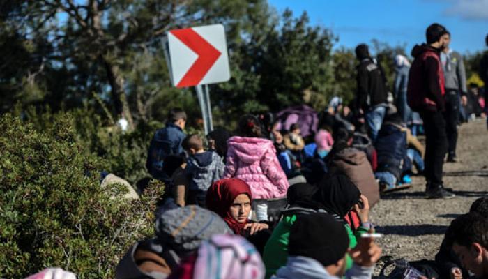 تركيا تعتقل طالبي لجوء بينهم عدداً من اللاجئين الفلسطينيين على حدودها مع اليونان