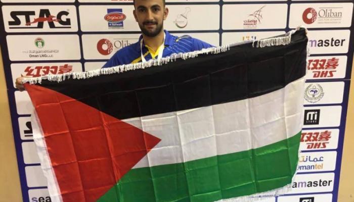 لاعب فلسطيني يتأهل للدور الثاني في بطولة كأس العرب