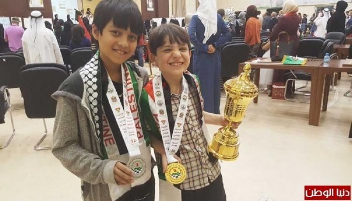 الطفلان الفلسطينيان محمد سدر وراجي صايل