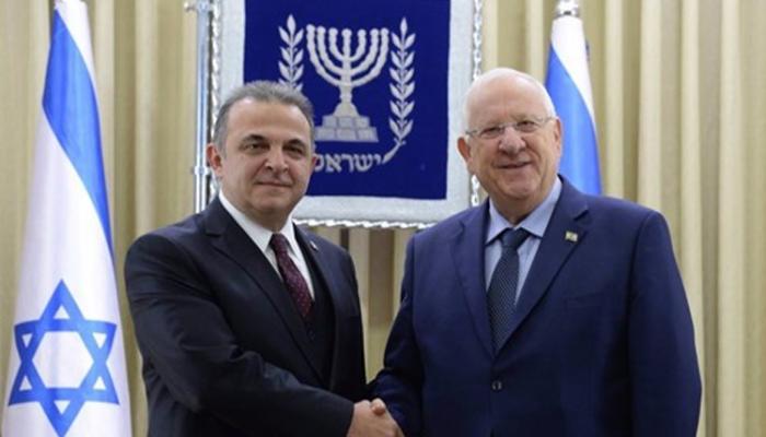 السفير التركي الجديد لدى الكيان الصهيوني يقدّم أوراق اعتماده للرئيس الصهيوني ريفلين