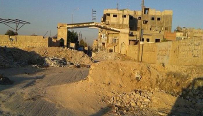 مجموعة لواء القدس تطرد ثلاث عائلات من مخيم النيرب