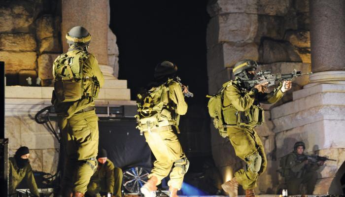 حملة اعتقالات مكثفة في مدن الضفة والقدس