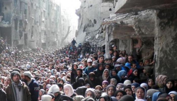 مدنيو مخيم اليرموك بين حصارين والأوضاع المعيشية في تدهور