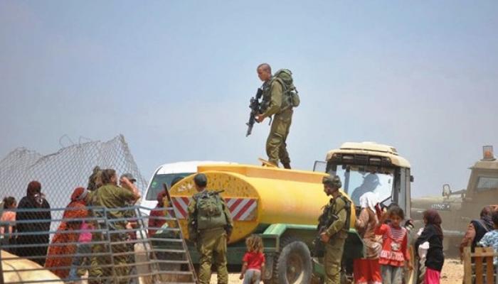 الاحتلال يُدمّر خط مياه من