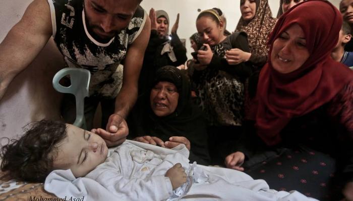 منسق الأمم المتحدة للشؤون الإنسانيّة يدعو إلى حماية الفلسطينيين في التظاهرات الجارية
