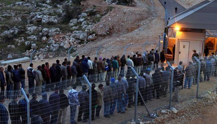 قضاء عامل فلسطيني على حاجز احتلال أثناء توجهه للعمل