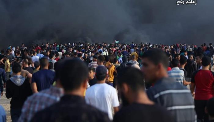 """""""معاً.. غزة تنتفض والضفة تلتحم"""".. إطلاق نار وقصف في غزة ومواجهات في الضفة"""
