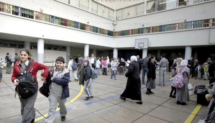 تجميدٌ لقرار فصل التلامذة الفلسطينيين من المدارس الرسمية اللبنانية ودعوات إلى الغائه بشكل كامل